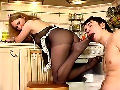 Kinky co-worker tongue-tickling sweet feet of red hot lady-boss in tan hose