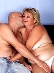 Mature blonde BBW Sussana sucks a schlong with gusto and later got jizzed and fucked in this...