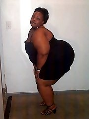 Lady Z is a very kinky big black woman. Cum see how much she enjoys her lollipops