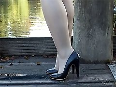 Cute leggy Lauryn makes your shoe fetish rise up until your high heel juice stream