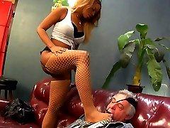 DeviantDavid.com featuring Tori Taylor