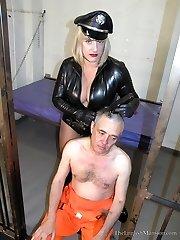 Headshaved by Brutal Warden