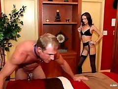Haily Young Cuckold
