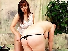 Two Lesbians Lick Out at Each Other's Hairy Bush Buffet