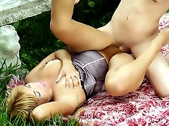 Slutty lady Thais goes wild and got her natural hairy pussy eaten and screwed in the outdoors