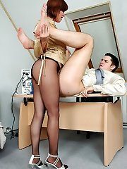 Nasty secretary in ebony hosepipe getting to facesitting punishing disloyal guy