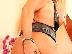 Busty thick mature babe Alexis Diamonds spreads pussy.