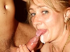 Blonde older gal Eve grinding her pussy on top and sucking off a young juicy cock dry