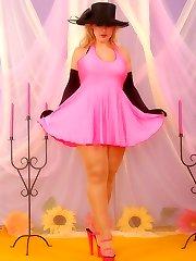 Patsy as pantyhose diva in shiny suntan pantyhose
