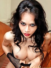Slutty dirty ladyboy scrubs her hung dick