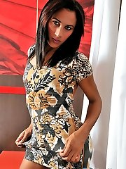 TS Bruna Saltelly shows off her big cock