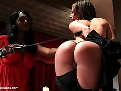 Please welcome Jada Stevens and new domme Nyomi Banxxx to WhippedAss.com! Jadas an all natural...
