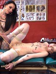 Smokin hot tattoo artist Veruca James tests young sluts commitment to provocative tattoo ideas...