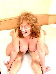 Chunky big titted mature slut fucking and sucking