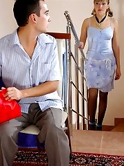 Sissy guy ready for everything to get his ass humped with babes strap-on