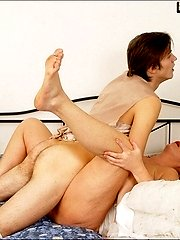 Young passionate guy fucking his mature blonde loverbr