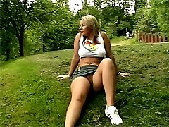Teen girl seduced in a park
