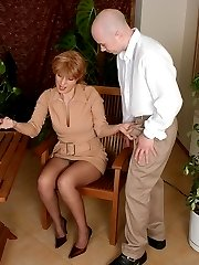 Hot mature gal blowing hard dick before pulling down her tights for fucking