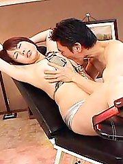 Oriental painful sex!