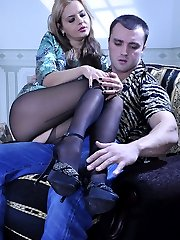 Stacked hottie going for hardcore foot sex in her reinforced sole pantyhose