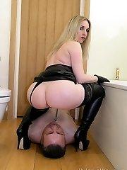 Bathroom Piss Slave