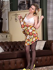 Join Anna Belle in the vintage lounge and take in her sexy striptease and her racy retro and...