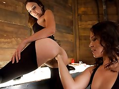 Two amazingly talented and kinky anal sluts come together for the first time in this great...