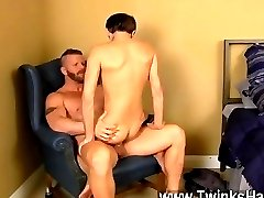 Hot twink Ryker Madison unknowingly brings