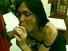 Sexy shemale with nice tits shoots her load while getting fucked