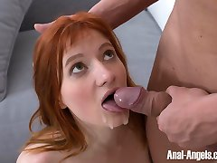 Hot red-haired babe makes dude forget about a book and even the whole world