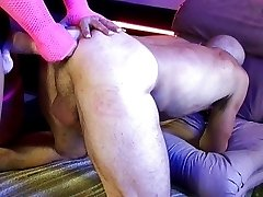 Katie Gold knows how to fuck her man