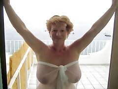 Mature and older decent women like intercourse, too