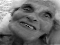 90 Years Elderly Granny [PornLeech.com]