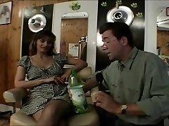 British hoe Melanie drilled in a classic scene