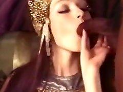Classics cleopatra the dark-hued slaves