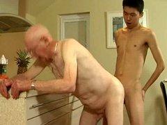 grandpa pulverize