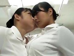 japansk catfight Sjuksköterska strumpbyxor kämpa Kämpa