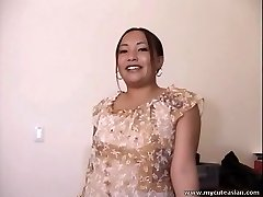 Chubby Asian amateur housewife gives a sexy blowjob