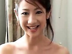 Sexy Chinese girlfriend oral-sex and hard