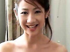 sexy čínská přítelkyně, kouření a tvrdé