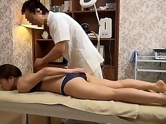 Sensitive Wife Receives Perverted Massage (Censored JAV)