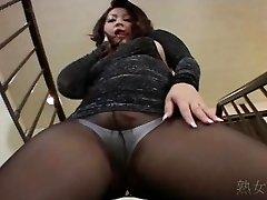 Yuuka Fujisaki Hose Upskirt