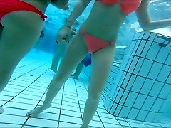 hot oriental and  teen girls nice  butts at pool