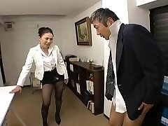 Japanese Boss bonks her employee so hard at office - RTS