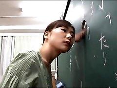 Japanese teacher gives a good lesson