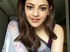 Kajal Aggarwal Showing Armpits and Love Bubbles in Sleeveless Saree