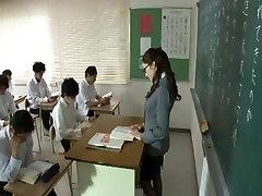 julia-pet lecturer 1-by PACKMANS-cen.