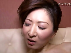 Hitomi Ohashi :: Getting Up For Deal Two - CARIBBEANCOM