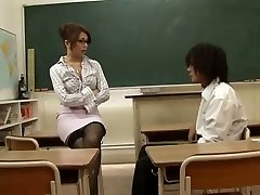 Chinese Teacher Tempted By Her Student,By Blondelover.