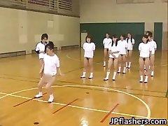 Super steamy Asian girls flashing